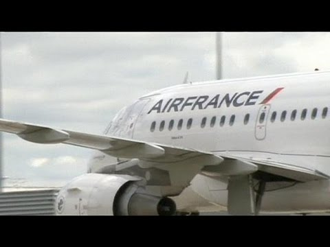 Air France to cut 2,500 jobs in 2014