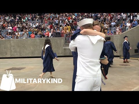 Military homecomings never fail to make us cry   Militarykind