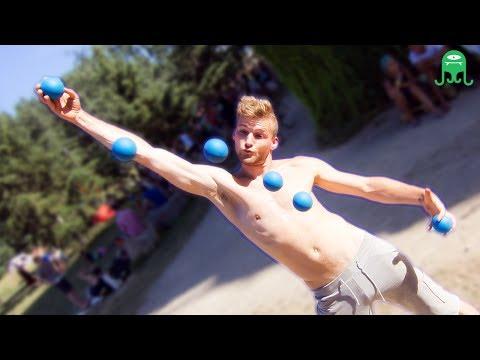 Ball Juggling - Till Rautert - TillT
