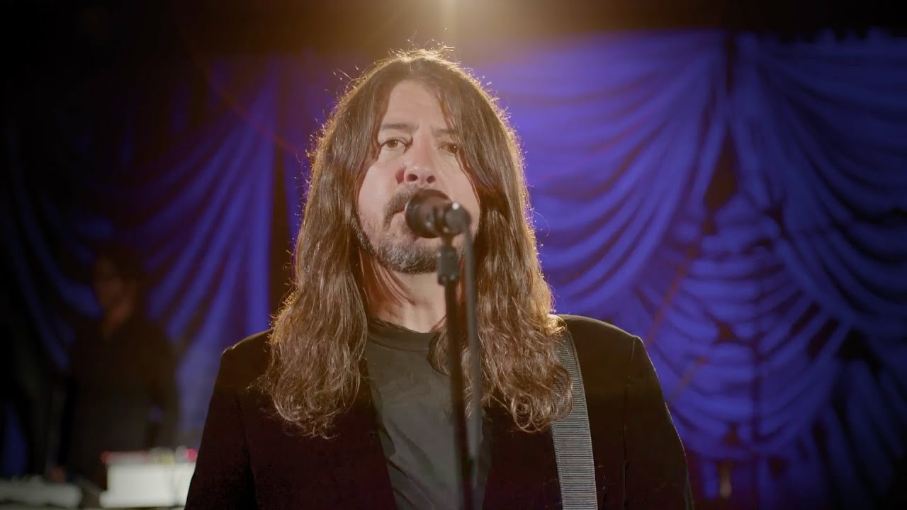 Watch Foo Fighters perform 'Times Like These' in celebration of Joe ...