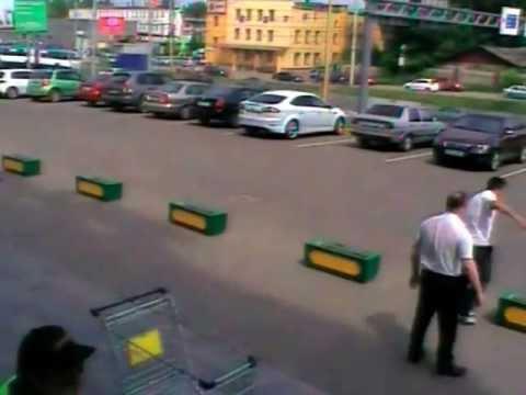 Стрельба у ТЦ РИО в Ярославле