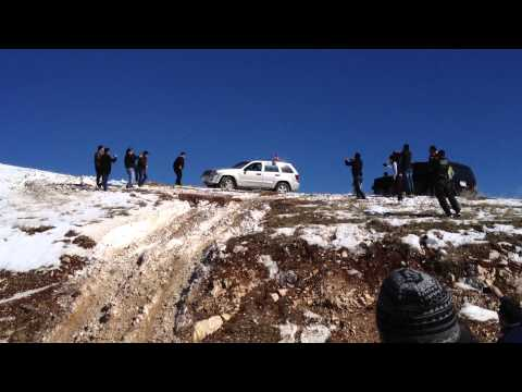 jeep grand cherokee snow climbing..in slemani(azmar) 2014
