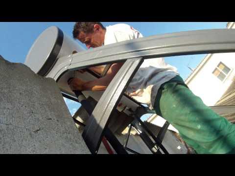 Instalacion de un calentador de agua solar con tubos de vacio heatpipe