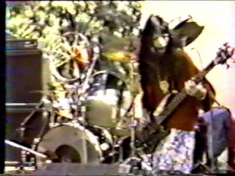 Melvins - Nile Song - Live 1993 UCLA