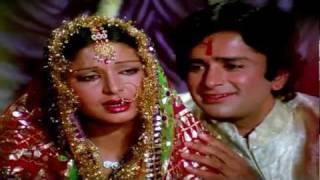Kabhi Kabhi Mere Dil Mein Khayal Aata Hai - Lata & Mukesh - Kabhi Kabhie (1976) - HD