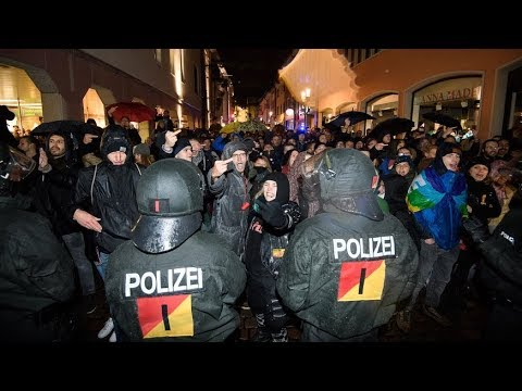 BÜRGERKRIEGSZUSTÄNDE IN FREIBURG: GEWALT DER ANTIFA ESKALIERT! Was uns die Medien verschweigen!