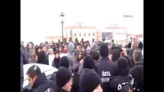 Bologna değil öğrenciler yürüyor