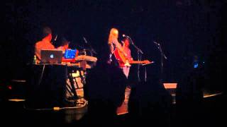 Aimee Mann - Joni Mitchelle Cover - Free Man in Paris