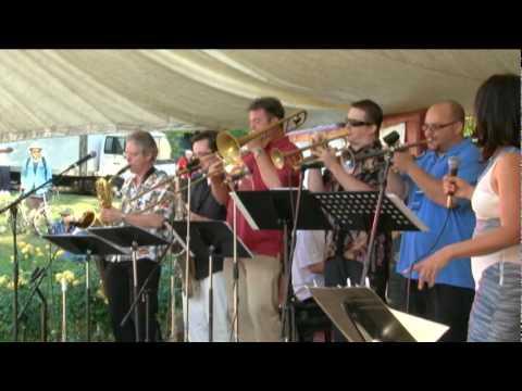 Bobby Torres Ensemble featuring Luis Conte - Smile