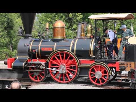ExpoRail steam locomotive 2-2-2 John Molson turntable demonstration (16-Aug-2015)