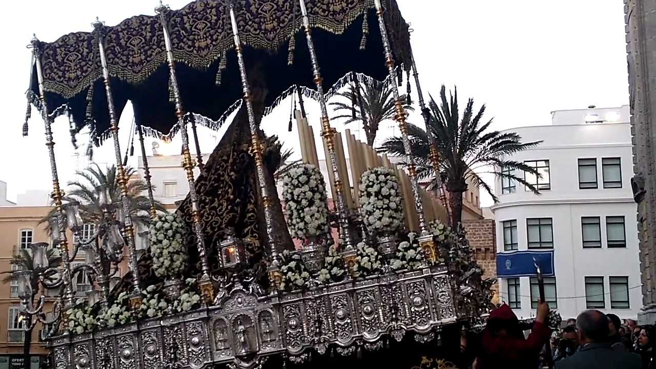 Resultado de imagen de virgen  Amargura   Cádiz 2017