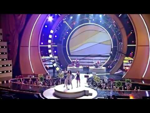 Solange - I Decided (Live At Fashion Rocks)