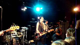 Sum 41 - American Girl (Tom Petty Cover) @ Paris - La Maroquinerie le 04 02 2011
