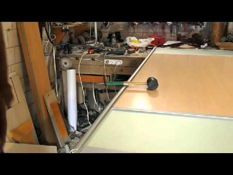 видео: Как Собрать дверь на шкаф купе. Сборка мебели. Мебель своими руками