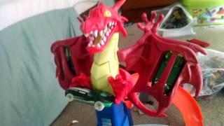 Hot Wheels dragon blast track set review