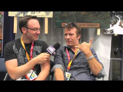 Celebrity Thomas Jane and Famed Artist Tim Bradstreet Get Ready to Flee Comic Con After Panel