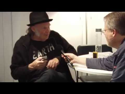 Scobleizer interviews Neil Young and John Nowland, Neil's studio Manager and Engineer