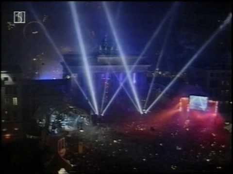 Millennium in Berlin - Silvester 1999 - ART IN THE HEAVEN