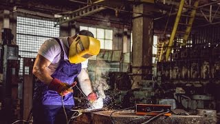 СВАРКА. СВАРКА МЕДИ ЭЛЕКТРОДОМ своими руками. Electrode welding of copper.(СВАРКА. СВАРКА МЕДИ ЭЛЕКТРОДОМ своими руками. Electrode welding of copper. КАНАЛ ДЛЯ КРЕАТИВНЫХ. CHANNEL FOR CREATIVE PERSONS: ..., 2015-09-01T05:34:43.000Z)