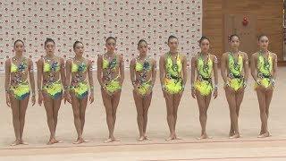 難度上げ世界選手権へ 新体操団体が演技披露