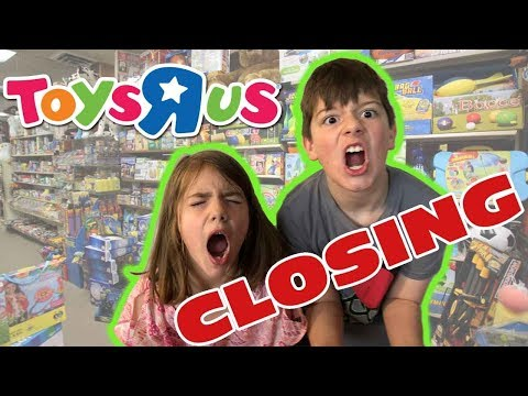 Father Takes Kids To Toys R Us For The Last Time - Kids React To Toys R Us Closing Forever