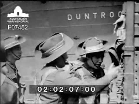 Disembarkation of troops from SS Duntroon