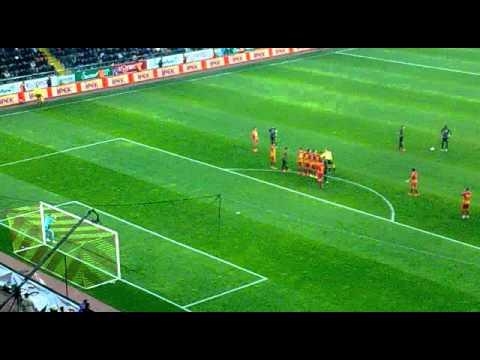 Drogba Freekick Goal ! ( Stadium Live ) - Galatasaray 4-2 Kayserispor 27.10.2013