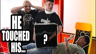 WHAT'S IN THE BOX ***PRANK***