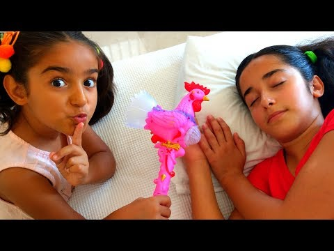 Esma Pretend play with toy rooster fun kid video