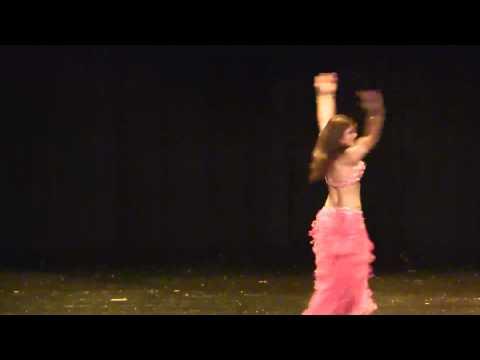 Maryam swiss Persian Bellydancer - classique moderne - Danse orientale en Suisse