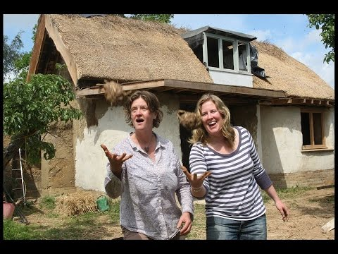 HOW TO BUILD YOUR MUD (COB) DREAM HOUSE CHEAP TO LAST 10,000 YEARS. ENGLAND.