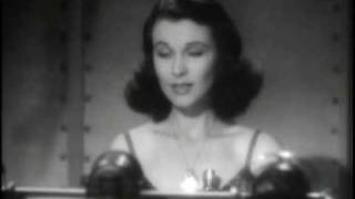 Vivien Leigh accepts her Oscar