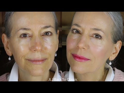GRWM: Using Powder Foundation on Dry, Mature Skin / Classic, Green Beauty Over 40, 50
