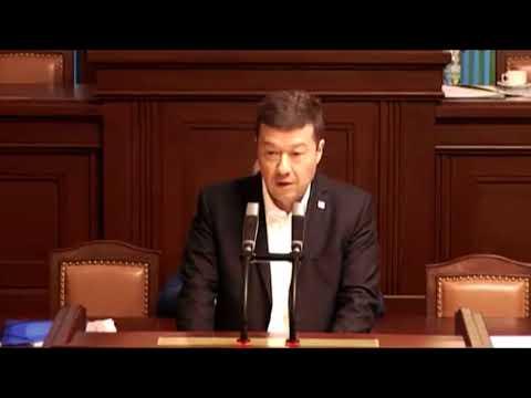 Tomio Okamura se důrazně vymezil proti neziskovkám /Parlament ČR