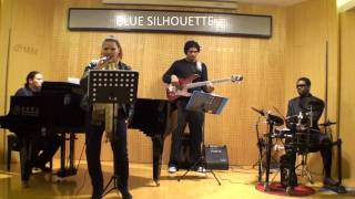 Adelyn Rose and the Blue Silhouette Jazz Band in SHANGHAI.wmv