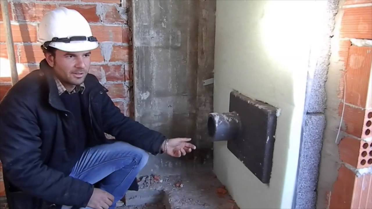 La presa d 39 aria in cucina in fase di cantiere youtube - Presa d aria cucina ...