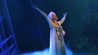 "Elsa sings ""Let It Go"" - Mickey and the Wondrous Book, Hong Kong Disneyland"