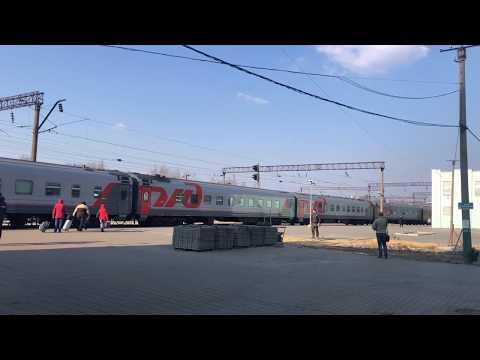 Станция Грязи-Воронежские. Два Шикарных Поезда, 012/011. 87/88