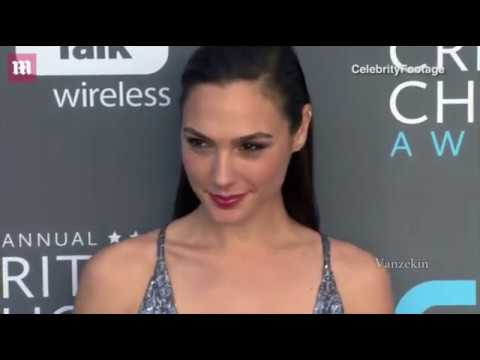 Gal Gadot - Critics Choice Awards 2018 - Red Carpet
