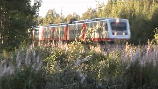 13.08.2011 passenger train H410 passes Alppila, Exceptionally Sm3 Pendolino train frame