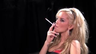 Девушки не курите
