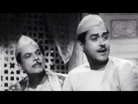 Guru Dutt, Johnny Walker discusses with Rehman - Chaudhvin Ka Chand Comedy Scene 4/10