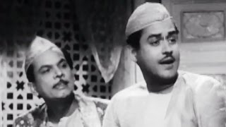 Guru Dutt, Johnny Walker discusses with Rehman - Chaudhvin Ka Chand Comedy Scene 4/10