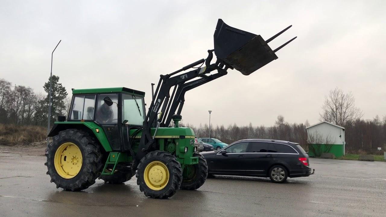Download Köp traktor John Deere 3130 HFWD på Klaravik