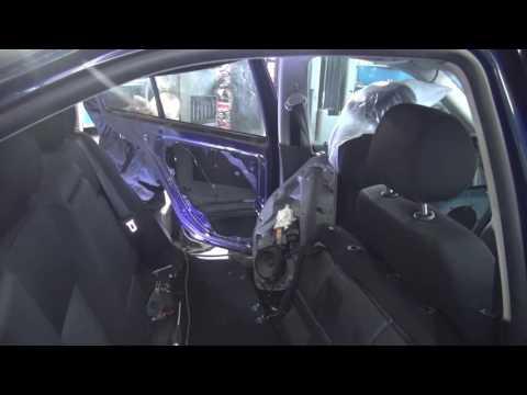 Аварийное вскрытие двери на Volkswagen