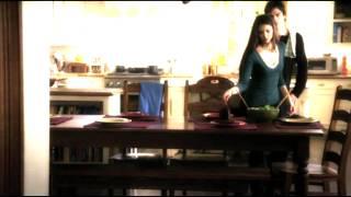 Vampirski Dnevnici - Damon i Elena - Pratim te