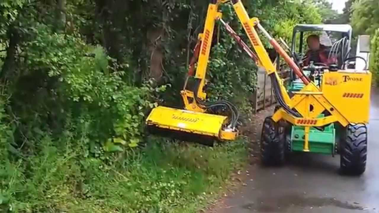 Avant 750 Loader C W Twose Flail Hedgecutter Mower
