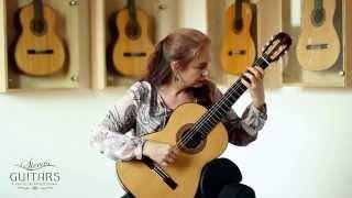 Nora Buschmann plays Fantasia in D minor by David Kellner on a 1997 José Romanillos