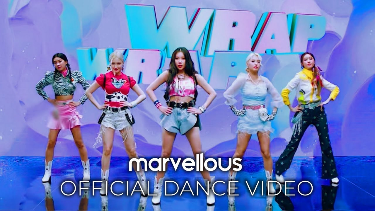 Download MOMOLAND x CHROMANCE – Wrap Me In Plastic (Official Dance Video)