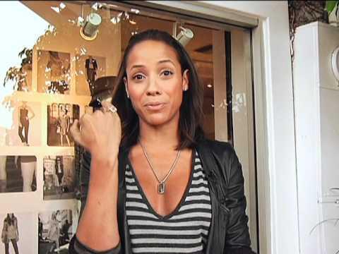 The Mun2 Look:  Celebrity Street Look: Dania Ramirez